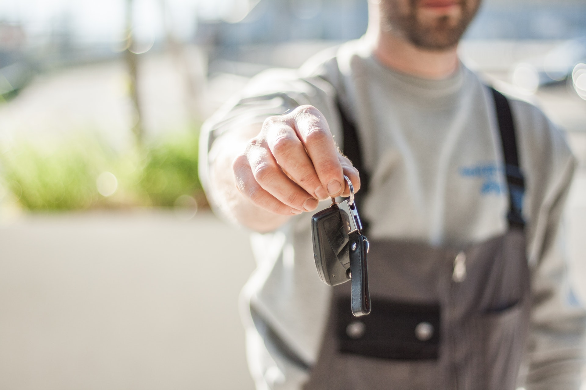 Top Tips When Buying a Vehicle in Arizona